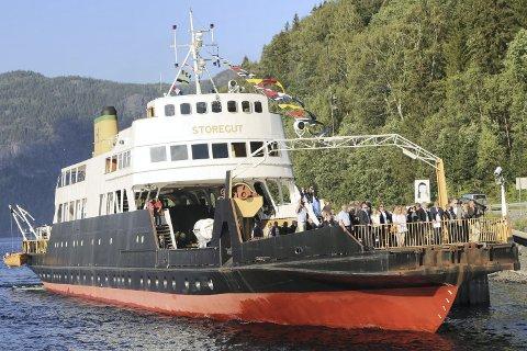 FOLKSOMT: Det kan bli svært folksomt på Tinnsjøen hvis ferga blir godkjent for 235 passasjerer.Alle foto: Asbjørn Torgersen