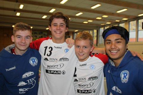 FIRE NYE: De fire debutantene er tatt opp i A-lagsstallen etter at de er gamle nok, og Torgeir Sauro, Henrik Wang, Emil Zcimarzceck og Leo San Pedro.