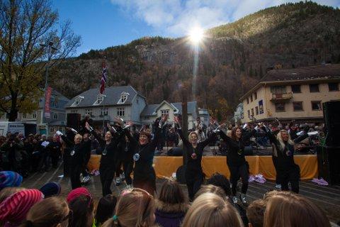 FOR FEM ÅR SIDEN: Festdagen da hele verden ble opptatt av at Rjukan fikk solspeil. Nå er det tid for å feire det første jubileumet!