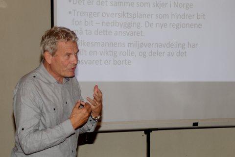 KJEMPER FOR NATUREN: - Jeg er blitt veldig skeptisk til å bygge ut, uten at det finnes overliggende planer. Nå blir det en bit-for-bit-utbygging uten sammenheng og planlegging, og utenlansk oppkjøp av norsk natur, sier Arne Nævra.