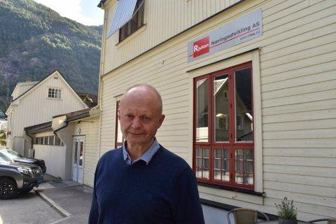 FORELØPIG: Olav Ulleren fyller midlertidig rollen som daglig leder i Rjukan digitale arena. Nå skal de utlyse stillingen.