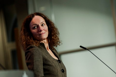 Oslo 20201125.  Direktør ved Folkehelseinstituttet Camilla Stoltenberg under en pressekonferanse om koronasituasjonen. Foto: Vidar Ruud / NTB
