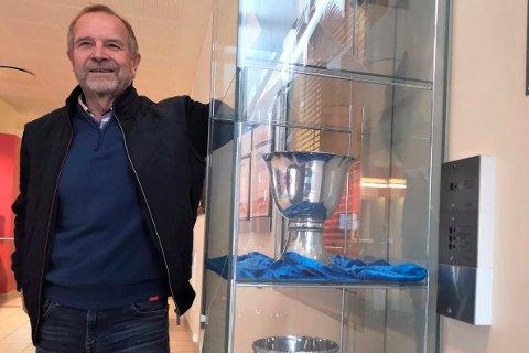 BER OM HJELP: RIL-leder Einar Rist og hans store team ber om hjelp til å få tak i, låne eller å kopiere bilder og historier til en historiebok om idrettene, og låne gjenstander til utstillingen som er en del av prosjektet.