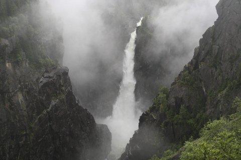 Snart Fossefall:  Marispelet  er covid-avlyst, men en stor våt trøst blir det likevel. Rjukanfossen slippes mandag.