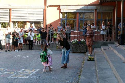 NEDGANG: Antallet førsteklassinger som starter på Rjukan barneskole har gått kraftig ned siden skolestart 2020, da bildet ble tatt.