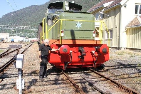 JEG HAR SVARET! - Antall sviller på Rjukanbanen. Jeg har svaret, i hvert fall cirka, sier Erling Zapffe.