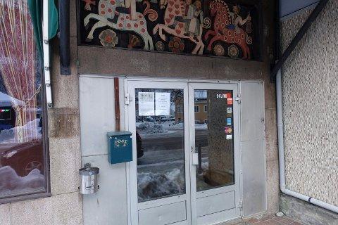 STENGT: Park Hotell Rjukan  har holdt stengt siden slutten av oktober. Eieren håper på bedre tider i løpet av 2021.