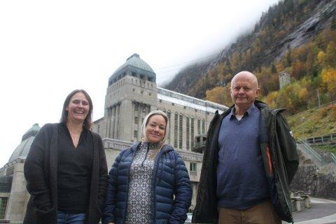 BLI MED! - Meld deg til å hjelpe til. Vi trenger mer enn 500, sier Olav Ulleren, Åse Røysland og Åshild Langeland som er ansvarlige for å skaffe frivillige til Landskappleiken på Rjukan 22.-26. juni 2022.