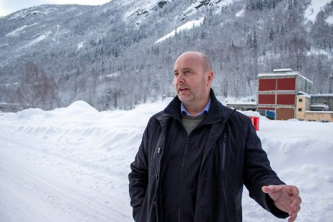 FORNØYD MED RNU:  Ordfører Steinar Bergsland mener Tinn ikke kan si fra seg vaksiner til fordel for Oslo uten å være sikre på at risikogrupper i Tinn er ferdig vaksinert.