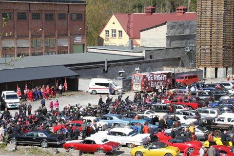 17.MAI 2020 GJENTAS: - Slik det ser ut i dag er det sannsynlig å tro at vi får lik feiring som i fjor, med bilkortesje fra Hovin til Rjukan og taler ved Syretomta, sier Åshild Langeland i Rjukan frivilligsentral.