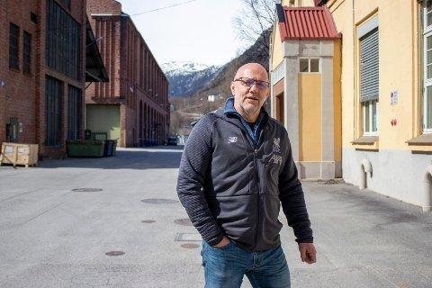 DU ER HERVED INVITERT: Næringssjef Rune Hellingsrud ønsker alle velkommen til navnekonkurranse. Næringsparken er snart RNUs eiendom, og hva skal det kjære barnet hete?