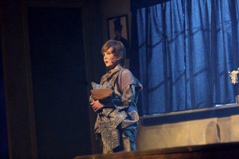 Selveste Oliver: Torjus A. Sandem Edvardsen (11) gjør en fin rolle som Oliver. Han synger sart og rent, nesten som en sølvgutt.