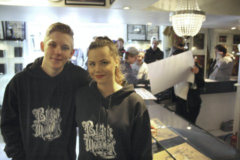Overveldet: Kristian Sætre og Ada Grambo synes folks engasjement er overveldende.Foto: Thor Fremmerlid