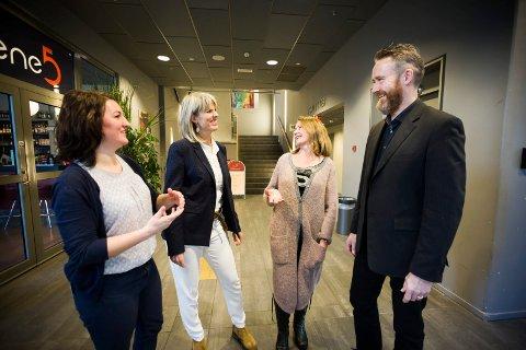 Marianne Rist-Larsen Reime fra OREEC, Cecilie Lind fra Ragn-Sells og Randi Haavik Varberg og Kjell Olav Maldum fra Infinitum utvekslet erfaringer under fredagens seminar.
