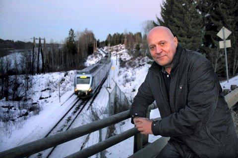 SKUFFET: - Sandnes øst burde velges som framtidig stasjon, sier leder Svein Olsen i Søndre Auli Vel.