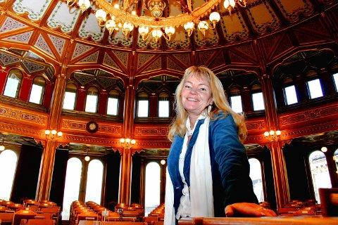 FØRSTE MØTE: Kari Kjønaas Kjos ble innvalgt på Stortinget i 2005, da dette bildet ble tatt. Foto: Torstein Davidsen