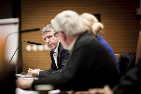 Helomvending: John Harry Skoglund, ordfører i Fet (Ap) har kjempet for en sammenslåing med Skedsmo. Nå velger han å høre på innbyggernes motstand til en sammenslåing.