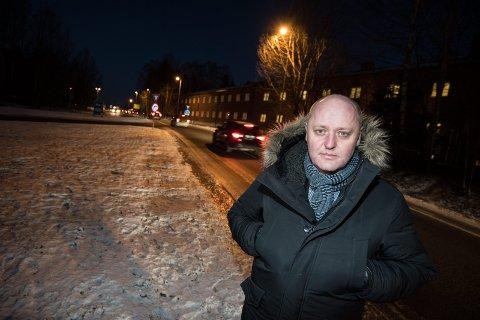 FOR DÅRLIG: Administrerende direktør Stig Skjøstad i NAF forteller at telefonen knapt har stått stille etter at det ble klart at byrådet i Oslo innfører dieselforbud tirsdag. FOTO: Vidar Sandnes