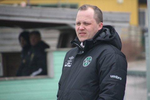 SKIFTER BEITE: Martin Wiker berget Skjetten fra nedrykk denne sesongen, men går likevel ned en divisjon i 2019. Da skal han lede Fu/Vo i et nytt forsøk på å komme tilbake til Regionsligaen.