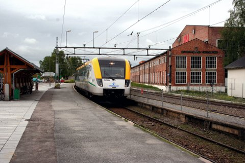 BYGGES OM: Sørumsand stasjon får to nye sideplattformer og et nytt spor til plattform 2 i forslaget til statsbudsjett.