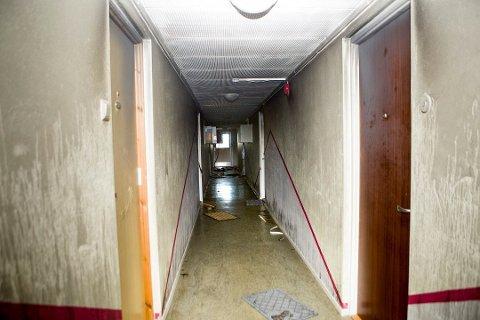 Ukjent Brannårsak: Slik så det ut i sjuende etasje i høyblokka dagen etter brannen. Foto: Lisbeth Andresen