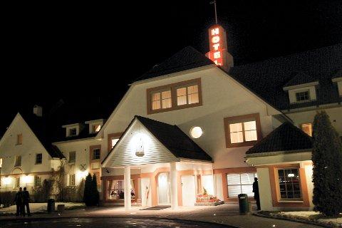 MIDT I: Olavsgaard hotell er valgt ut som evakueringssenter på grunn av beliggenhet, god parkering og at bygget er lett å sikre.