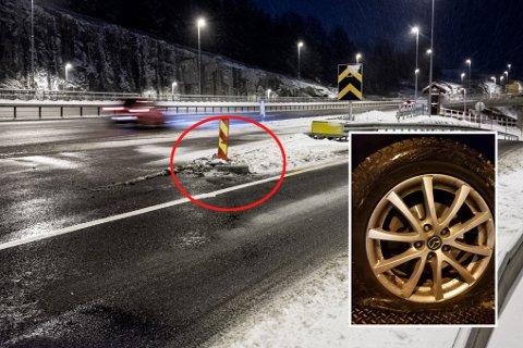 LÅ SKJULT: Denne opphøyde veiskilleren lå gjemt under snøen. Det førte til at fem biler fikk skader, tirsdag ettermiddag.