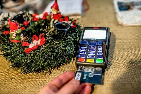 Hovedorganisasjonen Virke anslår at nordmenn kommer til å handle julevarer for over 50 milliarder i år.
