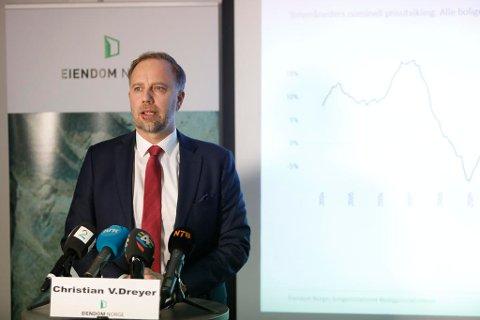 NOVEMBER: Eiendom Norge la tirdag fram boligpristallene for november. Administrerende direktør Christian Dreyer presenterte tallene.