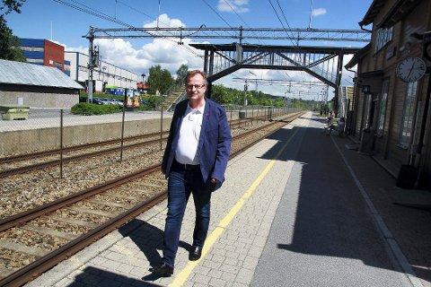 PÅ SKINNER: Rådmann Knut Haugestad kan igjen levere et godt resultat.