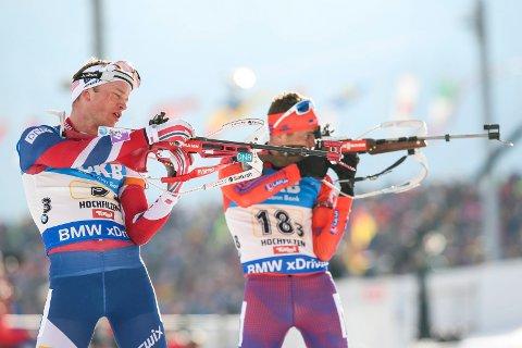 Hochfilzen, Østerrike 20170218. VM i skiskyting 2017. Tarjei Bø går tredje etappe for Norge under  4 x 7,5 km stafett menn, lørdag.  Foto: Berit Roald / NTB scanpix