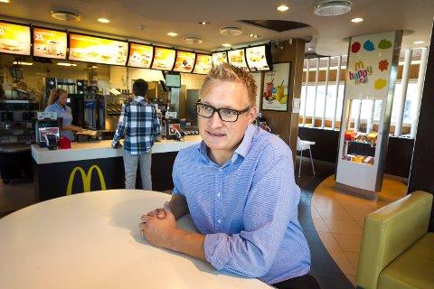 SOLGT: Frank Wilhelmsen solgt to av de sju McDonalds-restauarantene sine i fjor. (Foto: Kay Stenshjemmet)