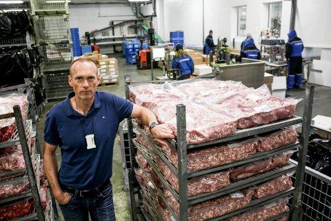 UTFORDRENDE: Harald Furuseth, daglig leder hos Furuseth AS, presses hardt på fortjenestemarginen. Overproduksjonen fører til at prisene på viktige varer blir lave.