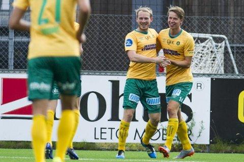 SUPERDUO: Venstre indreløper Martin Torp (t.v.) og venstrekant Kristoffer Ødemarksbakken strålte mot Kongsvinger.
