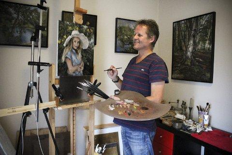 Ble student i 50-årene: Guttorm Osnes sa opp jobben og fikk plass ved «Nedrum-skolen» i Sverige. Nå er han kunstner på fulltid, og lever på oppsparte midler. ALLE FOTO: ELISABETH JOHNSEN
