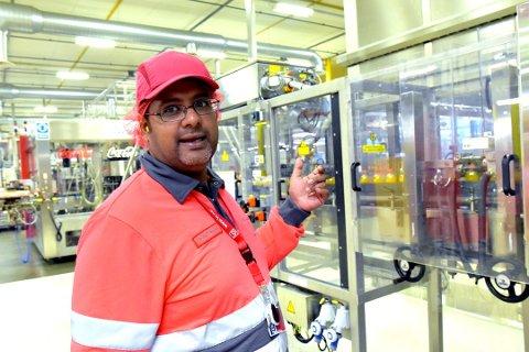 321f0120 Næringsliv · Nyheter · Coca-Cola · Lorenskog. – Bedriftene vil alltid  trenge operatører, trolig mange av dem, sier tillitsvalgt Tony Farman