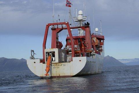 PÅ OPPDRAG: Hugin på vei ned på havetsdyp for å kartlegge havbunnen. FOTO: FFI