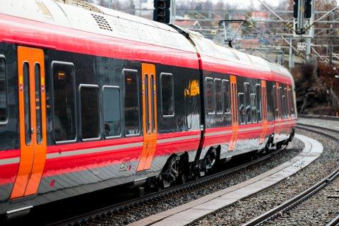 Kongsvingerbanen blir erstattet med buss