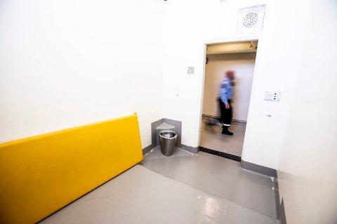 TURBULENT: Situasjonen mellom ansatte ved arresten i Lillestrøm og politiledelsen turbulent. Årsaken er uenighet om bemanningen.