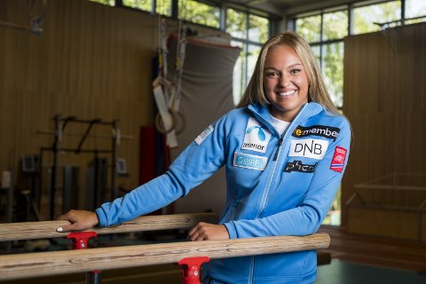 DEBUT: Hakadal-alpinisten Thea Louise Stjernesund skal lørdag kjøre sitt aller første verdenscuprenn i østerrikske Sölden.