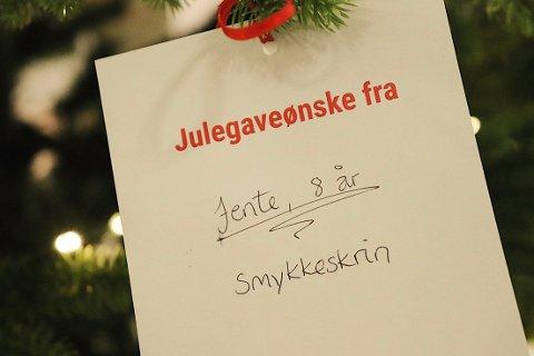 SPRE GLEDE: Julen er tiden for å glede andre.