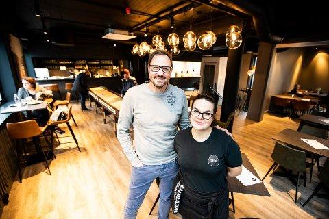 NYE LOKALER:  Spisestedet har gått i minus de siste årene. Med nye og større lokaler har Roy Merli og Christina Svalestad tro på at de skal lykkes.