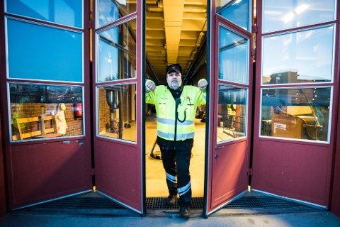 IKKE OVERRASKET: Leder for utekontrollen på Jessheim, Thor Ringstad, sier at veivesenet vil ha flere store kontroller i tiden framover.