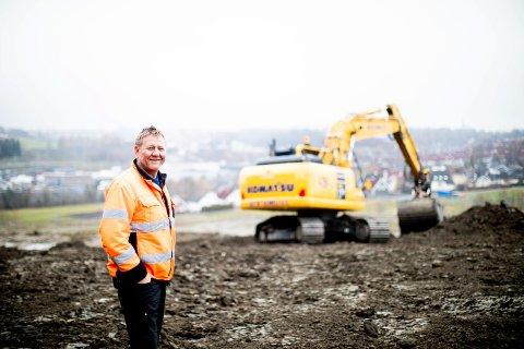 GRAVER OG BYGGER: Ole Martin Almeli er en av flere som blir stadig rikere på bygging og eiendom. (Foto: Lisbeth Lund Andresen)