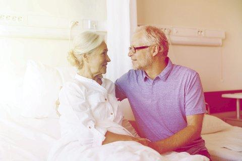 Mange opplever at samlivet styrkes når krisen rammer. Familieterapeuten råder par i krise til å glede seg over dagen i dag.FOTO: COLOURBOX