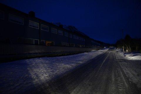 Tromsø  20150129. Mørket senket seg over Tromsø etter strømbruddet torsdag ettermiddag. Foto: Rune Stoltz Bertinussen / NTB scanpix