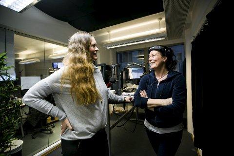 Sender live hele dagen: Hilde Apneseth, salgs- og markedsdirektør i Radio Metro, er glad for å ha fått med seg det hun omtaler som radiolegenden Jill Bottolfsen på laget. Hun har formiddagssendinger i studioet i Akersgata 45 i Oslo. ALLE FOTO: LISBETH LUND ANDRESEN