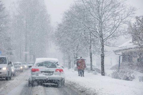 MER PÅ VEI: Mandag morgen snør det de fleste steder på Romerike. Det kommer mer i løpet av uka. FOTO: TOM GUSTAVSEN