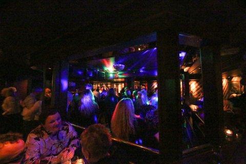 POPULÆRT: For at det ikke skal bli for trangt på dansegulvet, tar Nattklubben i mot maks 150 gjester.