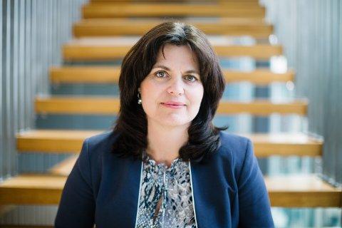 FEILSLÅTT POLITIKK: – Folk hamstrer brus og godteri i Sverige, sier regiondirektør Nina Solli i NHO Oslo og Akershus.